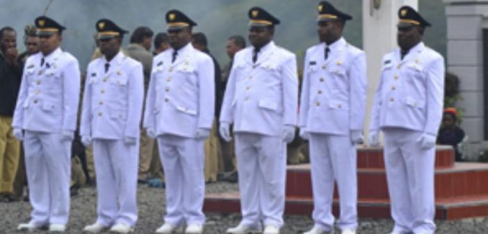 Pelantikan-6-Kepala-Distrik-di-Kabupaten-Puncak-Jaya