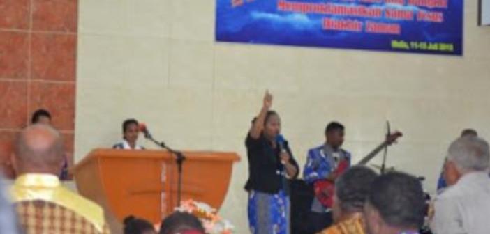Selamatkan-umat-manusia-GPDI-Sion-Mulia-adakan-seminar-dan-KKR