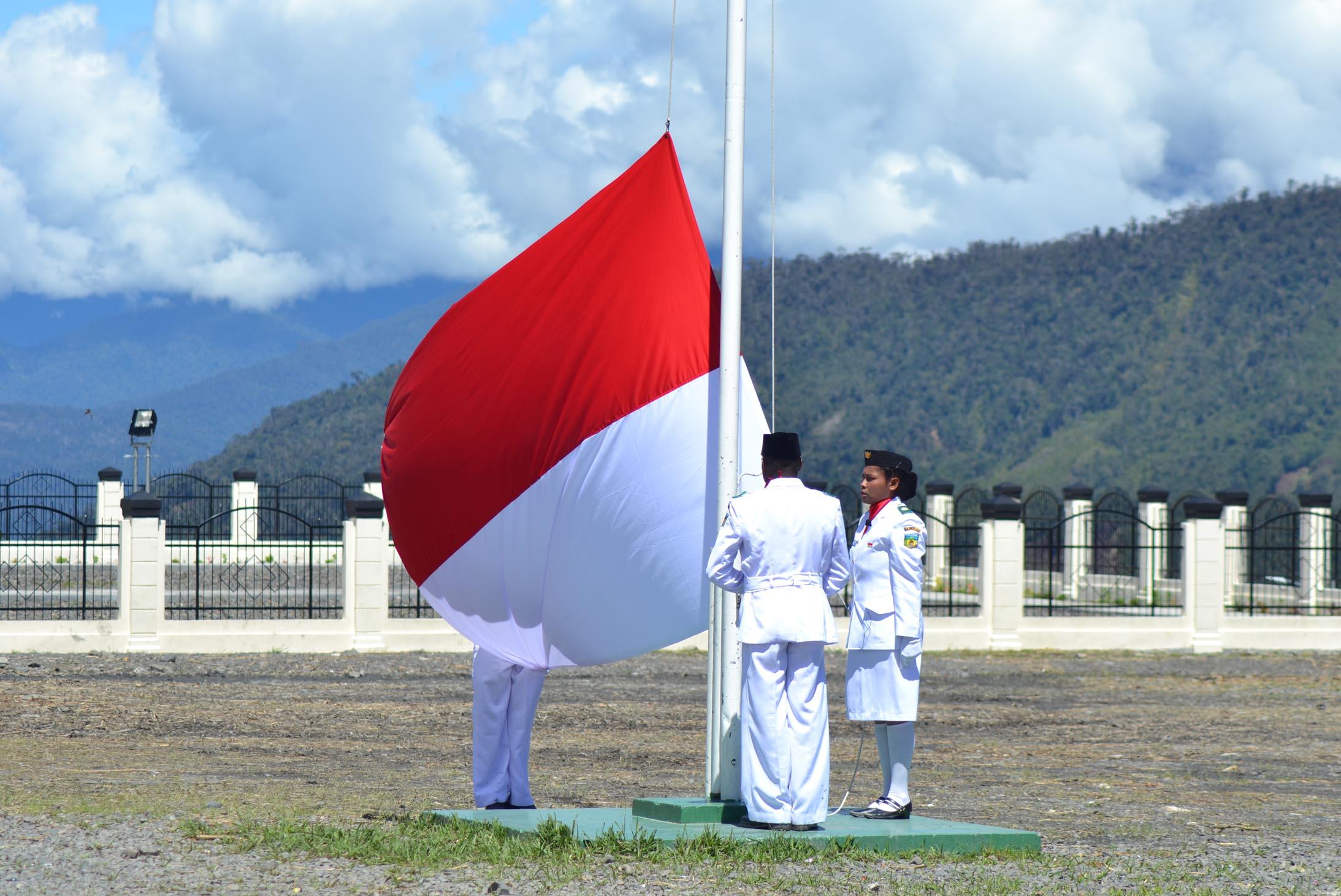 Pengibar Bendera