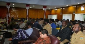 suasana-seminar-pembahasan-RKPJ
