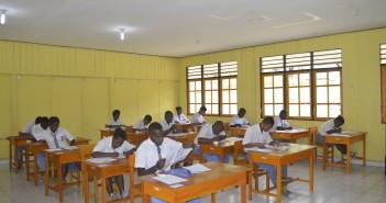 Suasana Pelaksanaan Ujian Nasional Tingkat SMA dan SMK