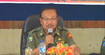 Sambutan Asisten III Bidang Administrasi Umum Drs. Hendrik Bilangla'bi saat Pembukaan Sosialisasi SITU dan SIUP