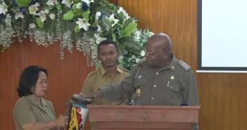 Bupati Puncak Jaya Henok Ibo saat membuka  Musyawarah Perencanaan Pembangunan ( MUSRENBAG ) tingkat Kabupaten