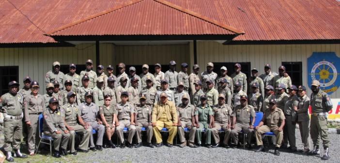 Foto bersama anggota satpol-pp