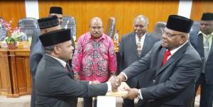 Serah Terima Memori Jabatan Bupati Puncak Jaya Periode 2012-2017 kepada Bupati Puncak Jaya Periode 2017-2022