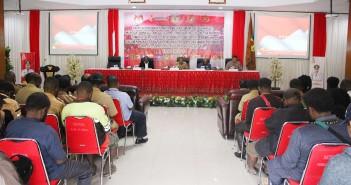 Suasana Rakor KPUD, Bawaslu dan Muspida Kabupaten Puncak jaya di Sasana Kawonak