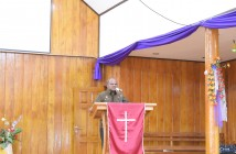 Sambutan Bupati Puncak Jaya sekaligus membuka Acara Seminar Sehari MRP di Gereja GIDI Emaus